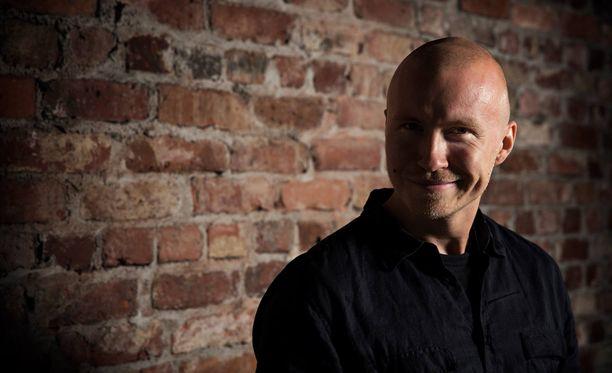 Rudi Rok on tullut tunnetuksi myös stand-up-koomikkona.