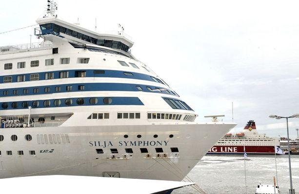 Poliisi ei epäile laivayhtiön syyllistyneen mihinkään rikokseen myrskyisän merikuljetuksen aikana.