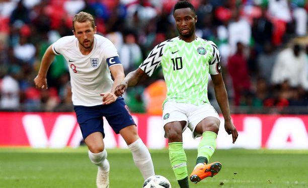 Johdataako kapteeni John Obi Mikel (oik.) Nigerian MM-nurmilla jo tänään avausvoittoon?