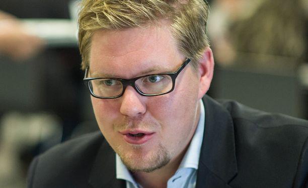 SDP:n Antti Lindtman ei ole jakanut kiitosta uudelle hallitukselle.