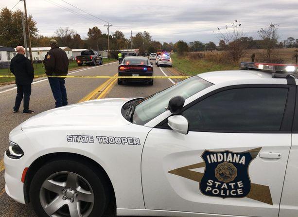Lauantain onnettomuus oli tällä viikolla toinen kolmen pikkulapsen hengen vienyt turma. Kuva tiistailta Indianasta, jossa 6-vuotiaat kaksospojat ja heidän 9-vuotias isosiskonsa kuolivat 24-vuotiaan ajettua heidän ylitseen.