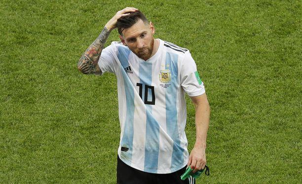 Muun muassa argentiinalaislehdet uutisoivat, että Lionel Messi kieltäytyi edustamasta Argentiinan maajoukkuetta ainakin toistaiseksi.