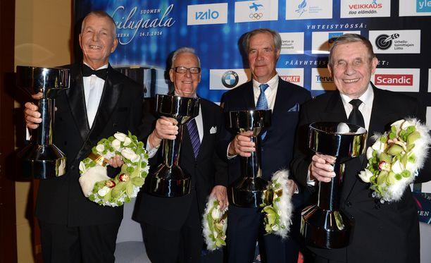Juha Jokinen (vasemmalla), Seppo Kannas, Anssi Kukkonen ja Pentti Salmi palkittiin Urheilugaalassa vuonna 2014.