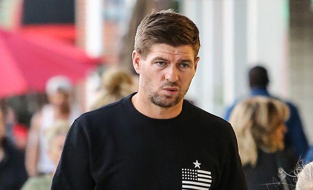 Steven Gerrard on kolmen tytön ja yhden pojan isä.