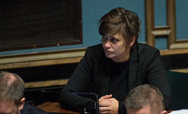 Silvia Modig viestitti Aki Ruotsalalle: Mä olen homo ja olen olemassa.
