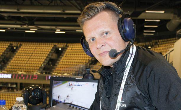 Mika Saukkonen on kahdeksattatoista kertaa töissä jääkiekkoilun MM-kisoissa.