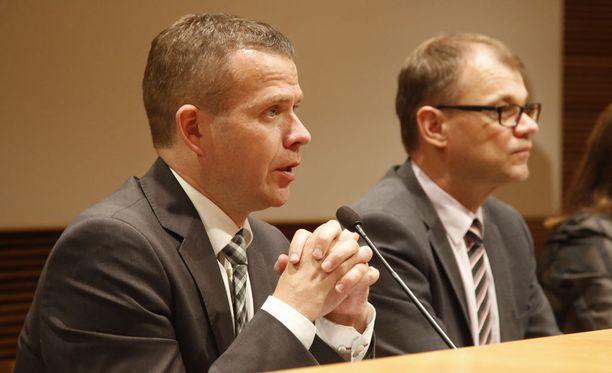 Sisäministeri Petteri Orpo tapaa venäläisen kollegansa tiistaina.
