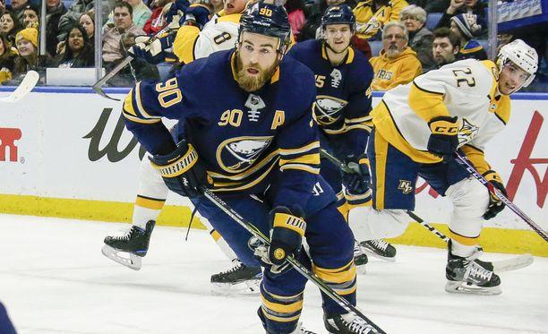 Ryan O'Reilly siirtyy Buffalosta St. Louisiin.