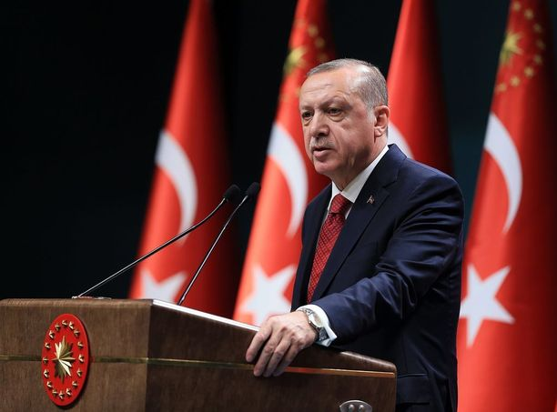 Erdogan toivoo maalleen pikaisesti presidenttiä, joka voi päättää yksin miltei kaikesta.