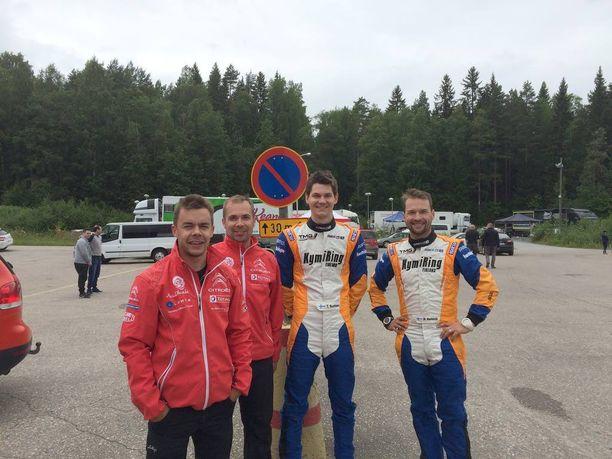 Henri Haapamäki (vas.) ja kartturi Marko Salminen testasivat alkuviikolla samaan aikaan Teemu Sunisen ja kartturi Mikko Markkulan kanssa.