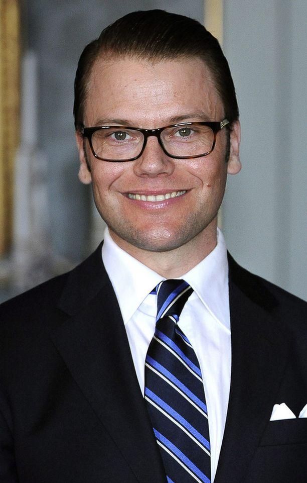 Daniel Westlingin suvulla on yhteyksiä myös Suomeen, sanoo ruotsalainen sukututkija.