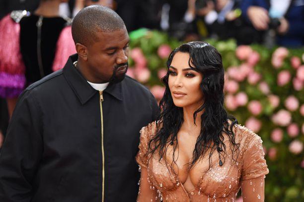 Kanye Westillä ja Kim Kardashianilla on neljä lasta.