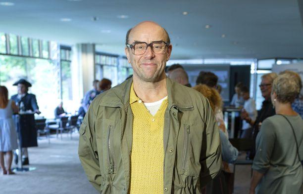 Risto Kaskilahti esiintyy säästeliäästi julkisuudessa. Kuvassa hän poseeraa Helsingin Kaupunginteatterin syyskauden avajaisissa viime vuonna.