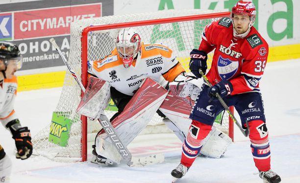 Markus Ruusu oli kuin muuri KooKoon maalilla. Sen joutui toteamaan IFK-kapteeni Arttu Luttinenkin.