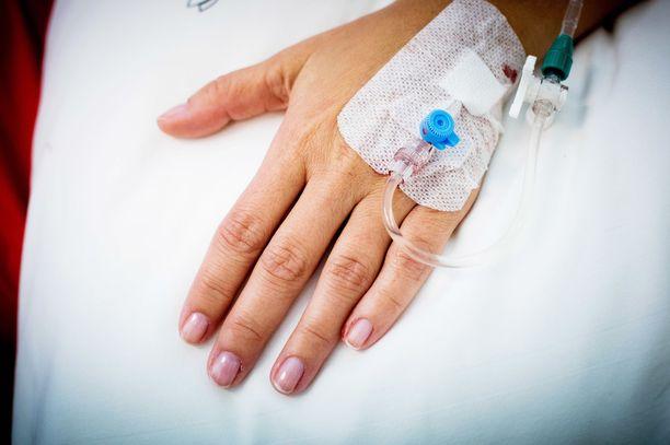 Suomessa oli tiistaina (9.6.) uuden koronaviruksen takia sairaalahoidossa 28 ihmistä, heistä neljä tehohoidossa. Kuvituskuva.