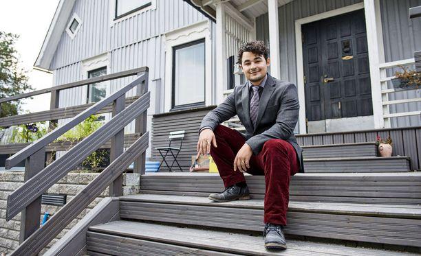 Kun kesäkiireet ovat ohi, perheemme lomailee Pärnussa, Amadeus Lundberg kertoo.