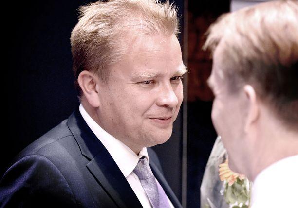 Antti Kaikkoselle puolustusministerin tehtävä on unelmatyö.