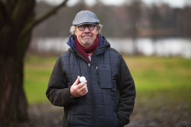 Kari Salmelainen viettää pitkästä aikaa joulua Suomessa.