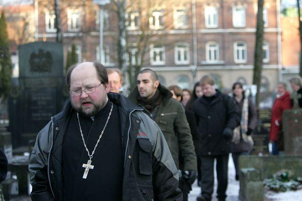Kirkan hautajaiset olivat mediatapaus. Kirka haudattiin Helsingin ortodoksille hautausmaalle. Pappina toimi isä Mitro.
