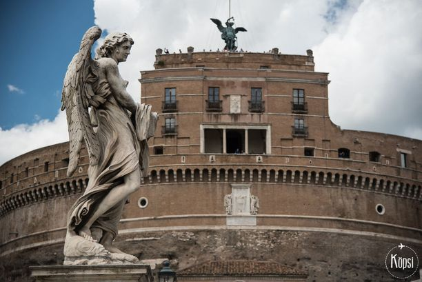 Köpsin oppaassa on mukana sekä klassisia nähtävyyksiä että vinkkejä nykyaikaiseen Roomaan.