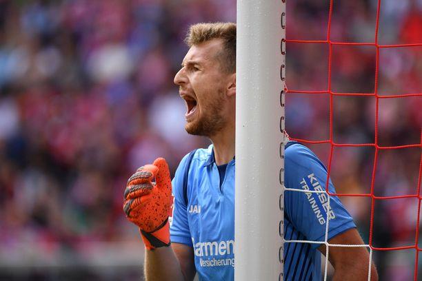 Lukas Hradecky sai kaipaamaansa pelituntumaa.
