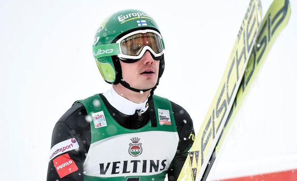 Hannu Manninen päästetään irti joukkuekisassa.