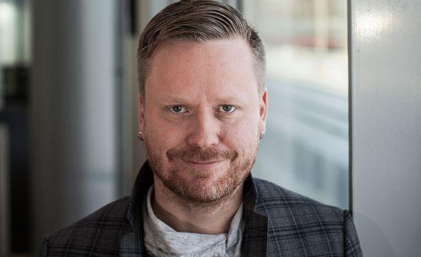 Sami Minkkinen tunnetaan parisuhdebloggaajana.