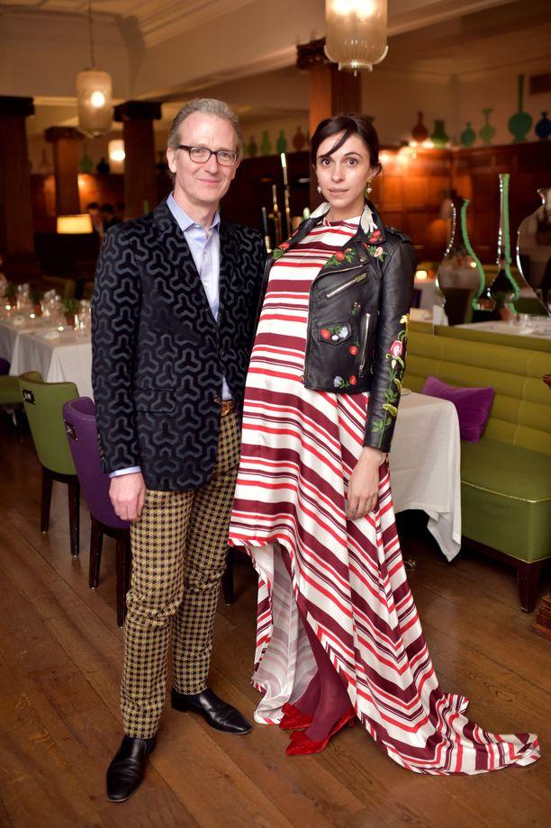 Ashley Hicks ja Kata de Solis ehtivät olla naimisissa kolme vuotta. Kuva vuodelta 2017, jolloin de Solis odotti parin ensimmäistä lasta.