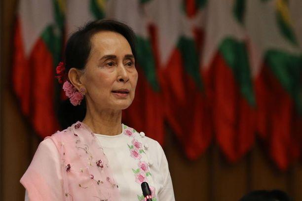 Aung San Suu Kyi ei ollut paikalla huvilallaan iskuhetkellä.