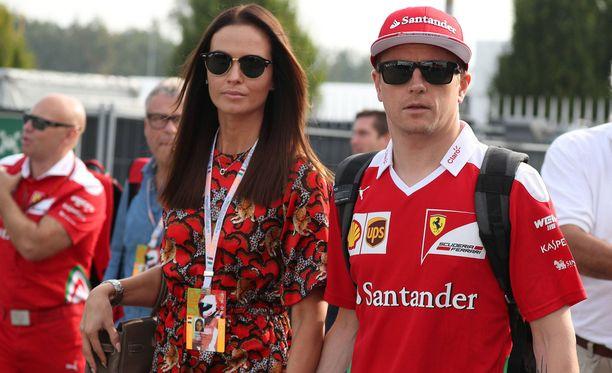 Minttu ja Kimi Räikkönen saavat toisen lapsensa keväällä.
