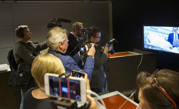 Pääepäilty osallistui tiistaiseen vangitsemisoikeudenkäyntiin videovälitteisesti Tyksistä.