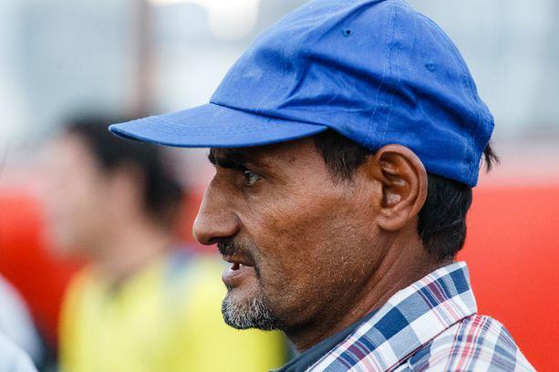 Rafid kaipaa vaimoaan ja lapsiaan, jotka jäivät Syyriaan.