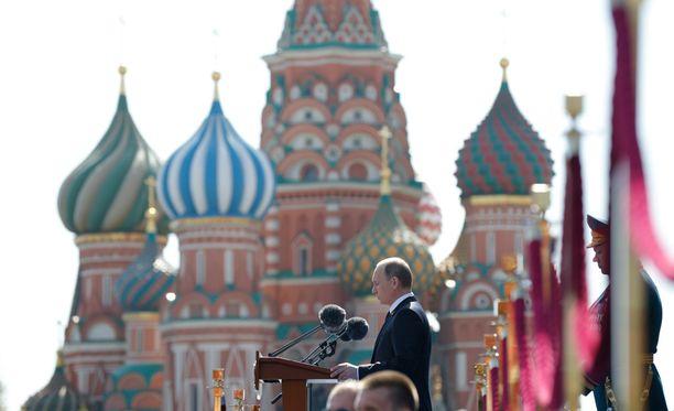 Presidentti Vladimir Putinin tulkitaan sivaltaneen puheessaan Natoa ja USA:ta.