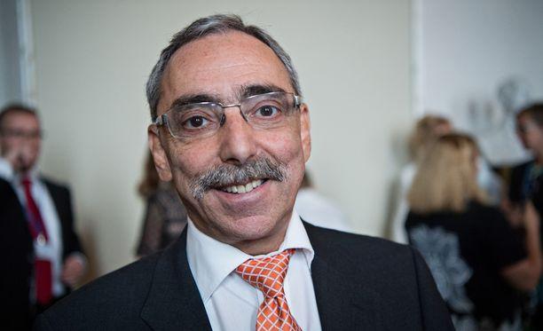 Kansanedustaja Ben Zyskowicz on kokoomuksen nyrkki perustuslakivaliokunnassa.