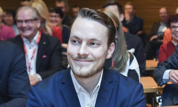 Vaikeuksissa oleva Prezella-yhtiö ei ole Markus Räikköselle pääasiallinen päivätyö. Hän työskentelee digiosaajien suorahakuun ja ohjelmistokehittäjien vuokraukseen keskittyvässä Henrico Digitalissa