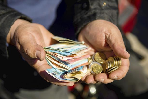 Valtionvelka kasvaa tänä vuonna huimasti koronakriisin takia.