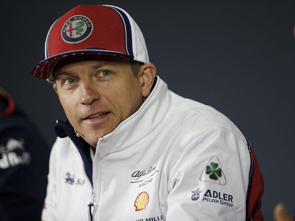 """F1-toimittaja paljasti varikolla kiertävän tarinan Kimi Räikkösestä: Tallipäällikkö sai kuulla enteelliset sanat vuosia sitten - """"Minä rakastan sinun talliasi"""""""