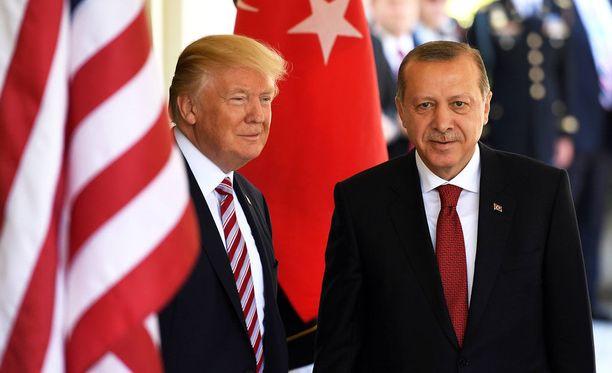 Turkin presidentti Recep Tayyip Erdogan tapasi vierailunsa aikana muun muassa Yhdysvaltain presidentin Donald Trumpin.