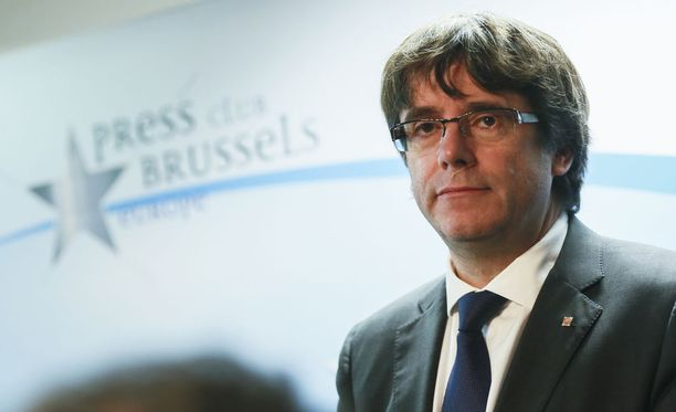 Katalonian syrjäytetty aluejohtaja Carles Puigdemont.