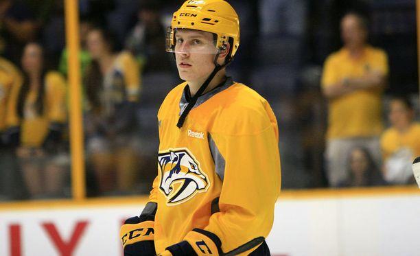 Eeli Tolvanen osallistui kesällä Nashville Predatorsin tulevien pelaajien leirille.