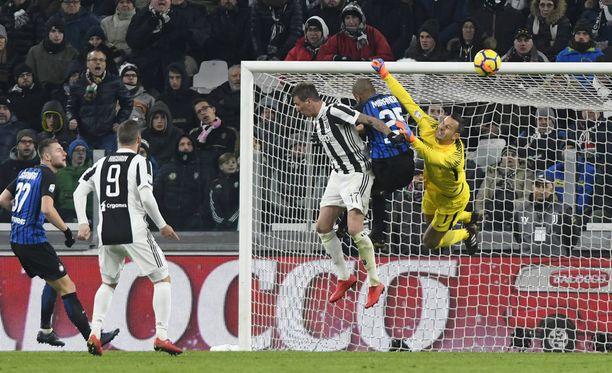 Juventus ja Inter pelasivat maalittoman tasapelin.