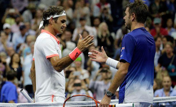 Stan Wawrinka ei ole koskaan kyennyt voittamaan Roger Federeriä kovalla alustalla.