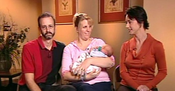 """Tracey ja Mike Hermanstorfer saivat runsaasti huomiota amerikkalaismedioissa. """"Joulun ihmelapsi"""" sai nimekseen Coltyn."""