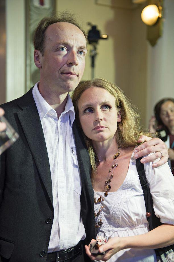 Halla-ahot perussuomalaisten vaalivalvojaisissa 2014.