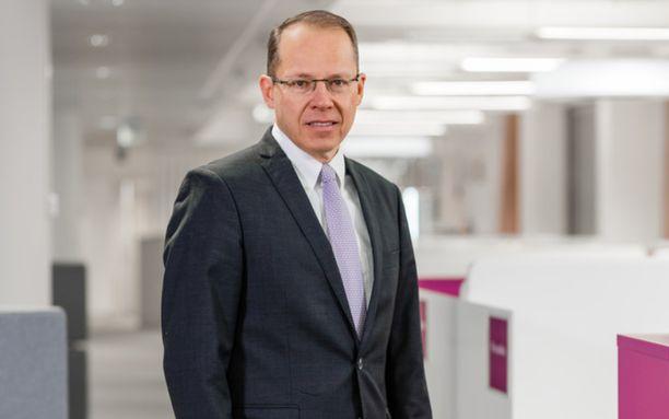 Postin toimitusjohtaja Heikki Malinen tienasi viime vuonna lähes miljoona euroa yhtiön johtamisesta.