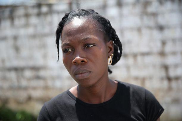 Benetha Coleman, 24, selvisi, mutta aviomies ja kaksi lasta menehtyivät verenvuotokuumeeseen.