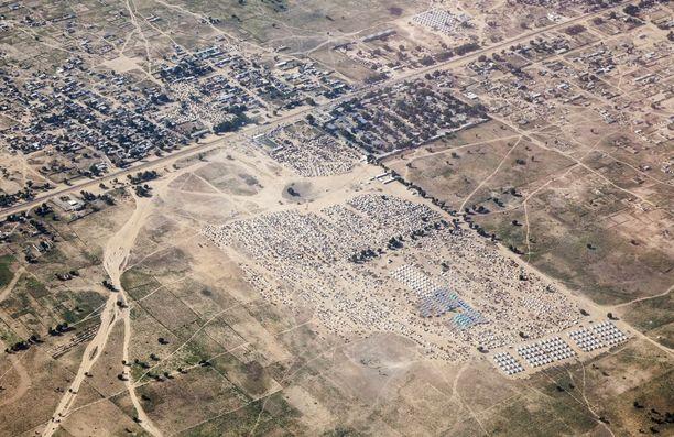 Viime torstaina julkaistu ilmakuva pakolaisleiriltä Maidugurista.