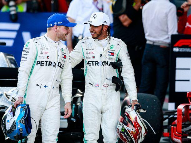 Valtteri Bottas ja Lewis Hamilton ajoivat Mercedekselle kolmannen valmistajien mestaruuden yhdessä.