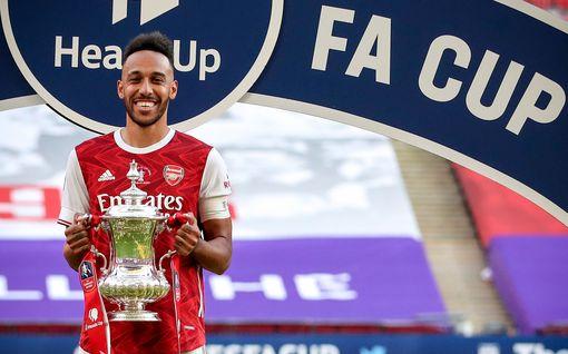 Siirtohuhuille stoppi – megatähti jatkaa Arsenalissa, 31-vuotias tienaa lähes 400 000 euroa viikossa