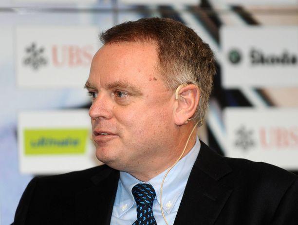 IIHF:n saksalainen pääsihteeri Horst Lichtner on saanut yllättäen potkut tehtävästään.